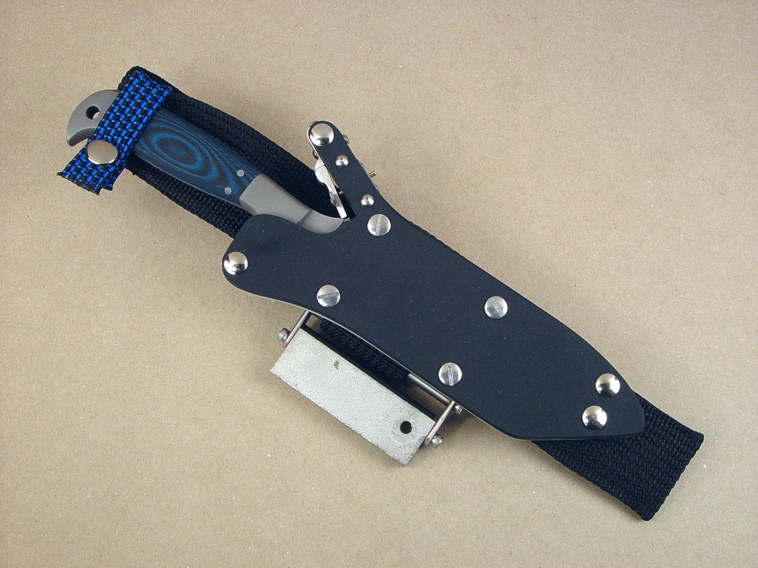 """PJLT"" with ultimate belt loop extender option. This option even can be made for the smaller knives, like this popular model."
