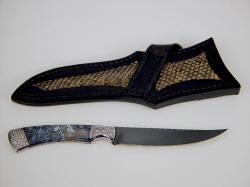 """Wasat"" reverse side view. Note nice trailing point on knife blade, Prairie Rattlesnake skin inlays on sheath back"